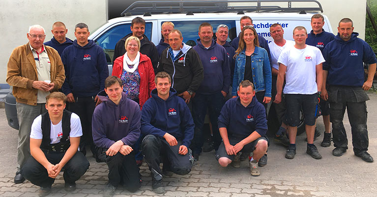 Team des Unternehmen frb Dach und Bau
